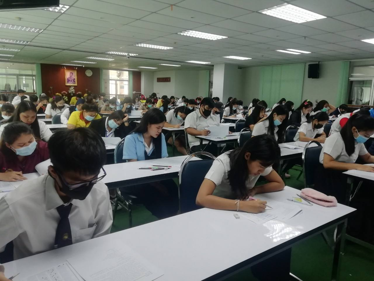 ศูนย์ภาษาจัดการทดสอบ DRU Test แบบ paper-based